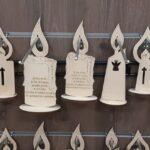 Sveča s podstavkom M